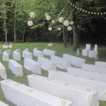 StuhlHussenWorld Hochzeit Freie Trauung hinterm Stadl des Waldhaus zur alten Tram in Strasslach