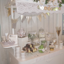 StuhlHussenWorld Candybar für die Hochzeit im Stadl des Waldhaus zur alten Tram in Strasslach